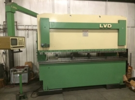 Press brakes LVD JS135 10 (USED)