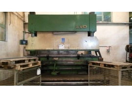 Press brakes LVD PPC 200/40 NC (USED)