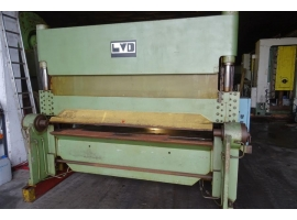 Press brakes LVD 40 TON X 2500 MM (USED)