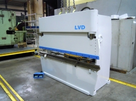 Press brakes LVD 50 TON X 2500 MM (USED)