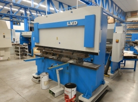 Punch LVD 60 TON X 2500 MM (USED)
